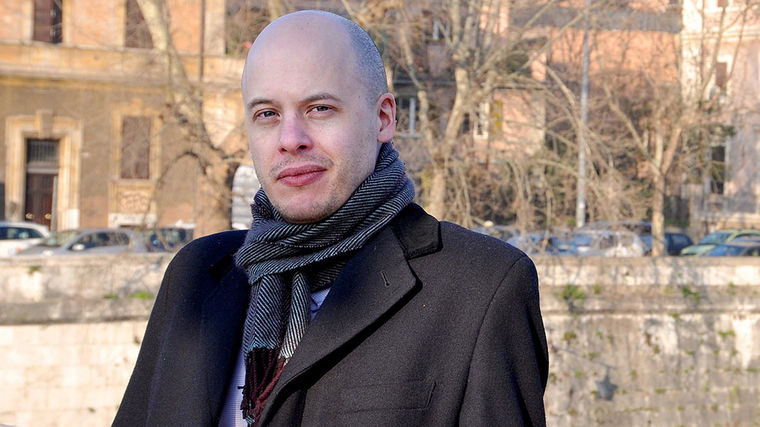 Lev Grossman | #1 NYT Bestselling Author of The Magicians Trilogy and Former Time Book Critic